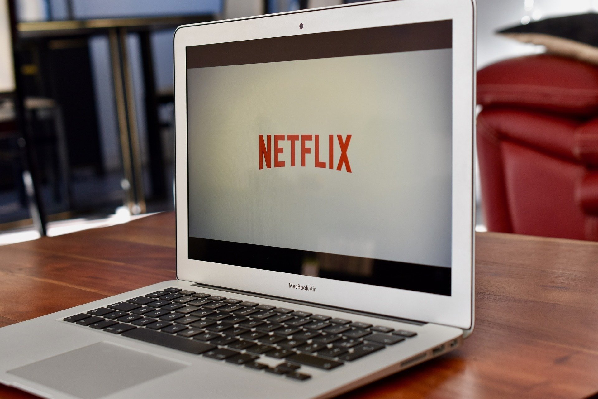5 sites parecidos com netflix gratuitos